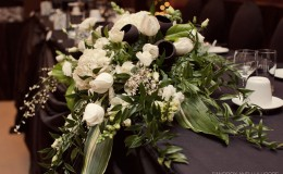 Black and white head table flowers Unmistakably You
