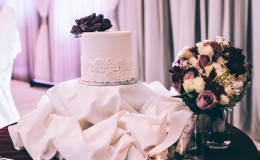 Purple flower wedding cake Unmistakably You